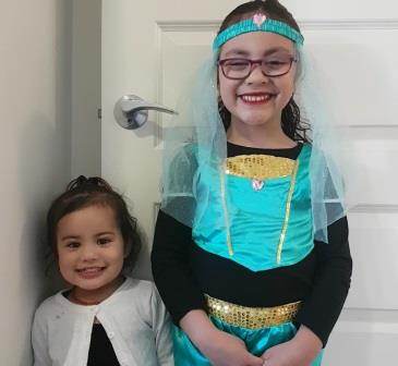 Sienna and Paisley are dressed up for the disco